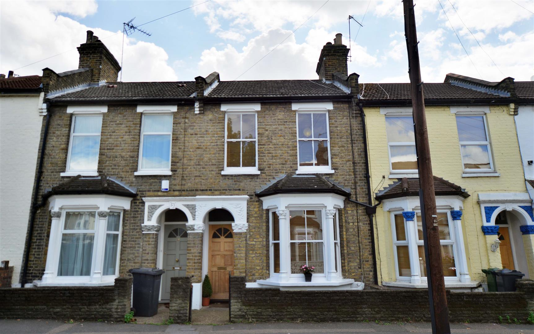 3 Bedroom House – Forster Road, Walthamstow