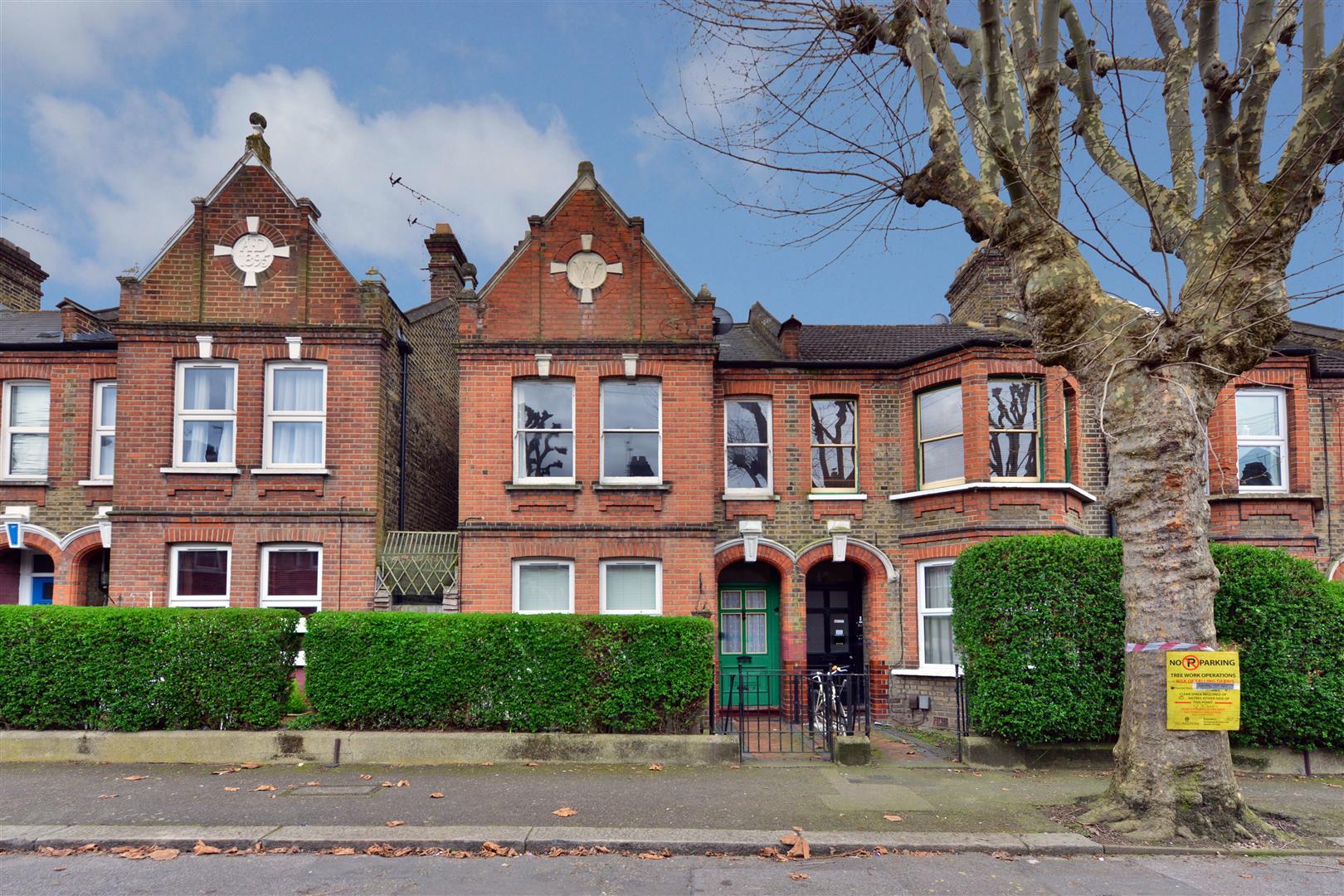 1 Bedroom Flat – Cornwallis Road, Walthamstow